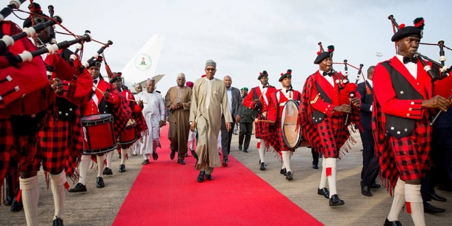 President Buhari arrives Abuja after 10-day vacation in London. June 19,2016 (7)