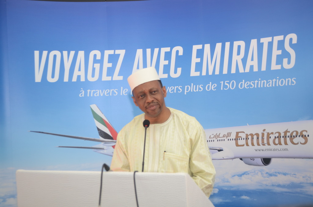 Mamady Youla, Prime Minister of Guinea and Orhan Abbas, Emirates' Senior Vice President Commercial Operations for Africa, speaking to aviation authority officials and senior members of local media at a welcome reception held at Conakry International Airport.